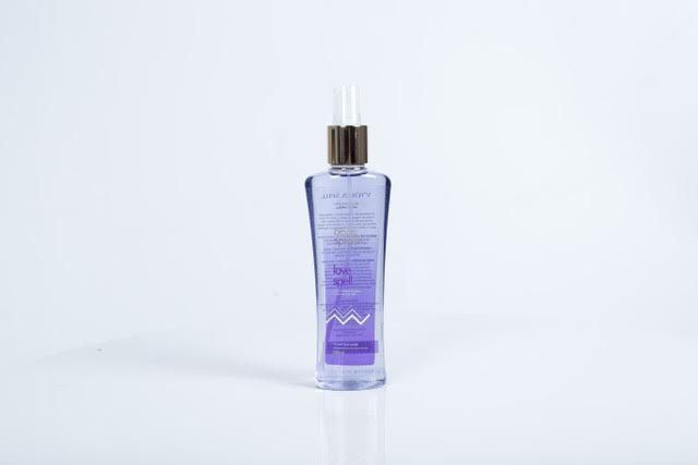 BODY SPLASH LOVE SPELL 250ML