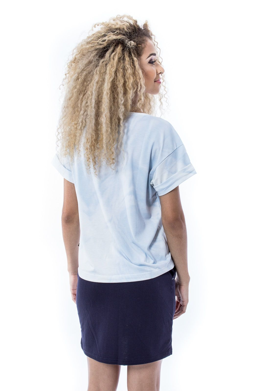 Blusa Básica com bolsinho Tiedye Fullprint Azul Céu