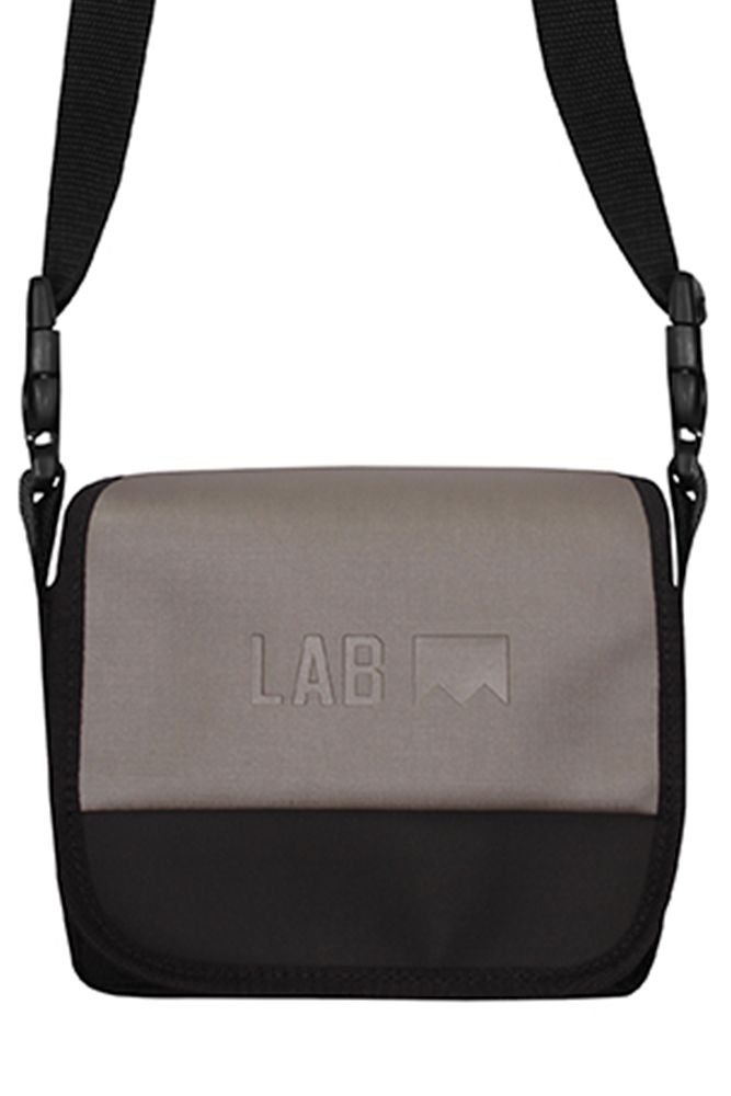 SHOULDER BAG COLOR LAB FANTASMA CINZA PEROLADO