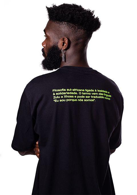 Camiseta Básica Ubuntu Preta e Verde neon