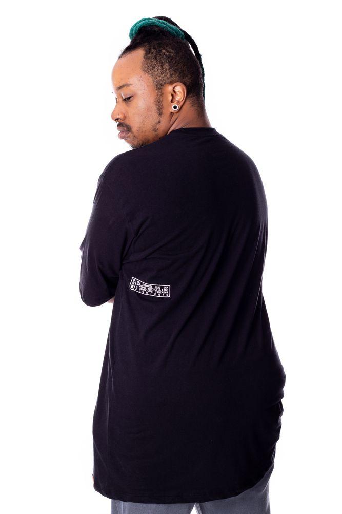 Camiseta Básica Possível Preta Plus Size