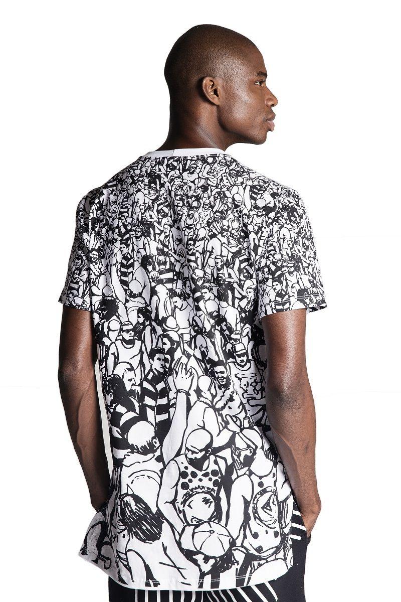 Camiseta Oversized Arredondada Multidão Branca